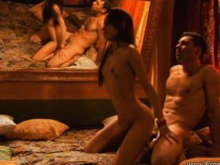 exotischen Sex-Stellungen lernen sie