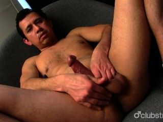 Amateur straight Guy juan Masturbieren