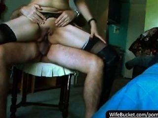 Zusammenstellung von hausgemachten Sex-Videos von schmutzigen Frauen