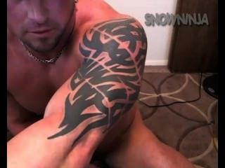 gerade Bodybuilder verbal Vibrator cum