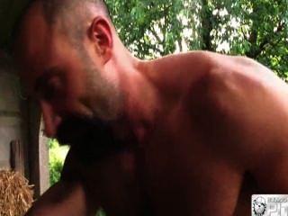 metendo eine rola e o punho ohne cuzão do parte 2
