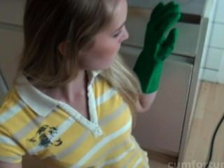 Rose Freude bekommt in der Küche ihre cum Dosis