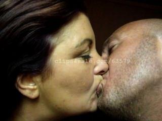 küssend jcyn Video 1 Vorschau