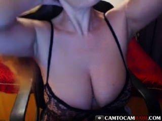 schöne, große Titten Amateur-Webcam