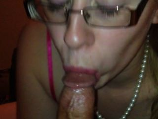 cont. necken Blowjob