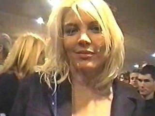 Öffentlichkeit Gesichts - blonde Einkaufen für cum