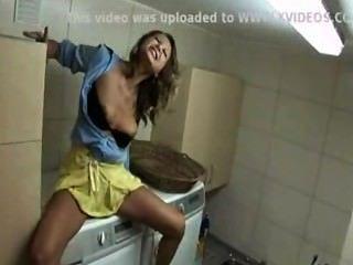 Kommen auf eine Waschmaschine