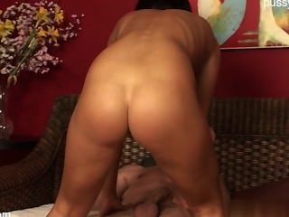 Heiße Hausfrau doppelt anal