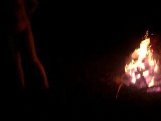 hardcore im Wald Nachtzeit