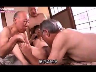 geile Haushälterin von älteren Mann 04 gefickt