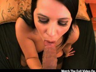 lacie james zeigt ihre großen Brüste echte und gibt einem wunderbaren Schlag der WHI