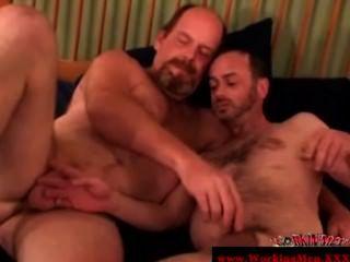 haarige gaystraight reifen bekommt ein Gesicht