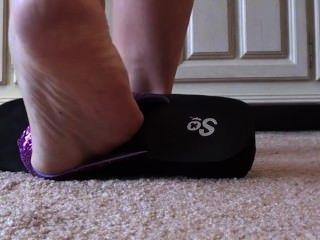 Füße und Flip-Flops