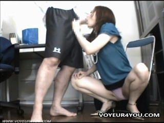 Ficken Ladendiebstahl Mädchen mit einer Videokamera