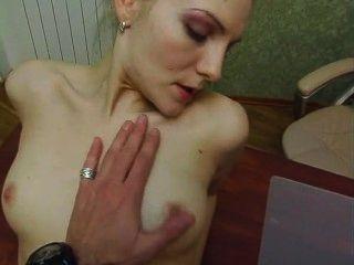 echte junge und sexy Sekretärin in thr Büro