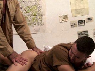 Symbol männlich - Kriegsgefangener - Szene 1