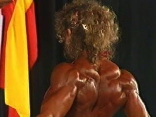 fbb tatjana pec Bikini posiert