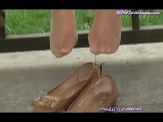 offen asiatische jugendlich Füße in Nylons sexy