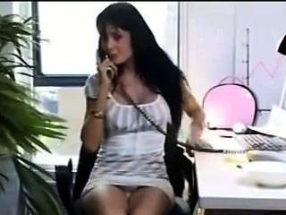 sexy Büro-Mädchen Füße necken