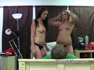 College Teen Babe blowjobs Amateur-Sex-Tape