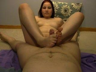 sexy anabelle eine heiße foot geben !!