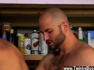 heißen Homosexuell David liebt es, seine Männer manly!