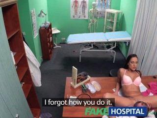 fakehospital Arzt entscheidet, Sex ist die beste Behandlung zur Verfügung