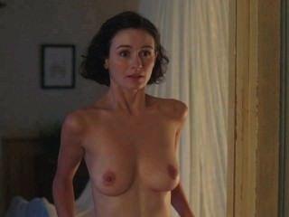 Emily Mortimer Nackt Schleife 1