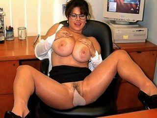sexy Sekretärin - Chloe Vevrier 2