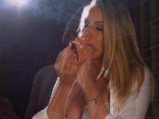 danielle Maye Kette rauchen Korken
