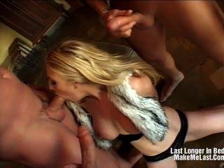 bigtits hübsche blonde Fick mit Vergnügen