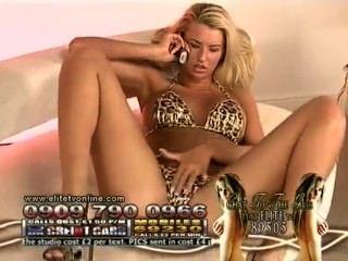 d @ nica trhall - heißeste Leopard Bikini auf Elite-Nächte