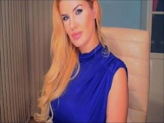 blauen Kleid blonde Webcam