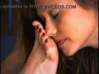 Teenager-Mädchen Anbetung reifen Herrin Füße