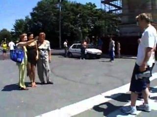 Engelwurz Krähe - in der Öffentlichkeit verdammt
