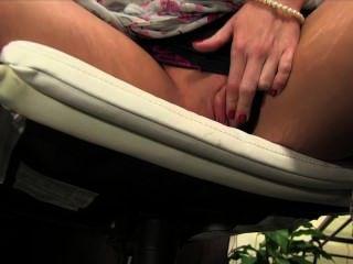 eine Porno-Party Film persönlich mit Riley Reid teilnehmen!