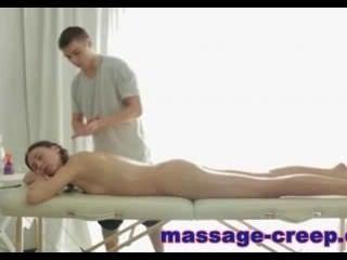 Massage-Kriechen - eine besondere erotische Massage