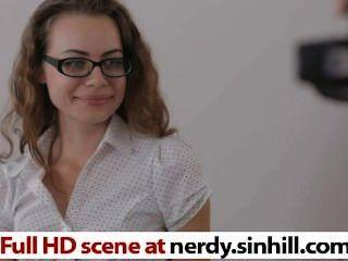 heiß und nerdy russische jugendlich Foto-Liebhaber wird gefickt - nerdy.sinhill.com