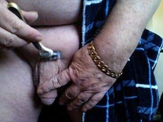Papa ivan den alten Schwanz rasieren.