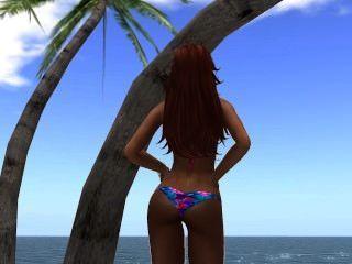 venicie en bikin au bord de plage