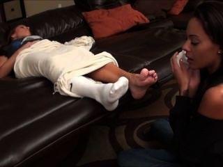 Schwiegermutter fußanbetung
