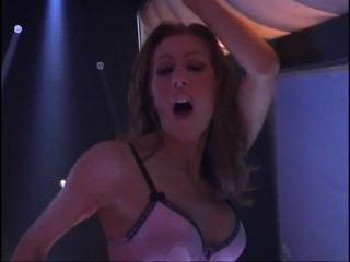 sinnlich lesbische Hotties auf der Bühne verdammt