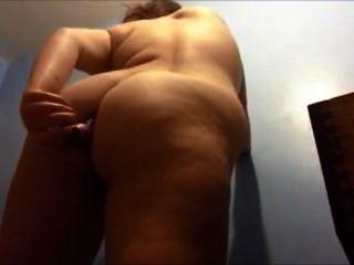 Fick mein Arschloch mit einem Vibrator