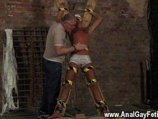 erstaunliche Twinks Sklavenjungen gemacht zu spritzen