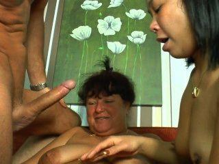 Deutsch Paar, das eine reife Frau teilen