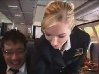 ärgerlich Passagier erhält eine Behandlung