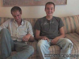 Homosexuell Film dann Landon begann, sein Hemd aufzuknöpfen, während Donovan