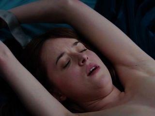 Dakota Johnson nackt Schleife 2