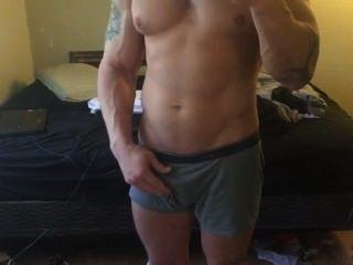 Muskel Stud zeigt es weg