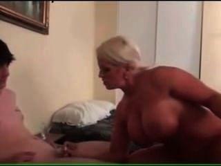 große tittted Puma Mutter fickt sie Stiefsohn
